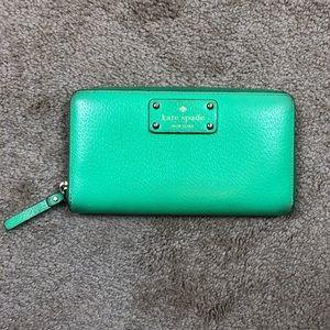 Green Kate spade New York zipper wallet